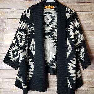BANANA U.S.A. Aztec chunky knit cardigan sweater